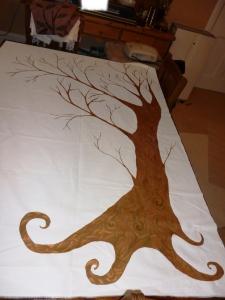 Quirky oak tree - this picture really doesn't capture all the colours and shapes on this tree, but hopefully better pictures will be taken when I have finished it!!