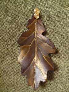Hand made leather oak leaf pendant